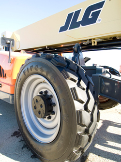 Jlg Telehandlers Now Equipped With Firestone Tires Sign Builder