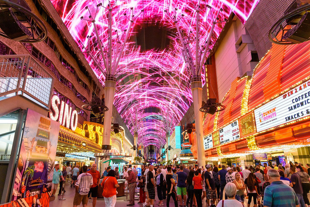 https://www.watchfiresigns.com/fremont-street-experience-time-lapse